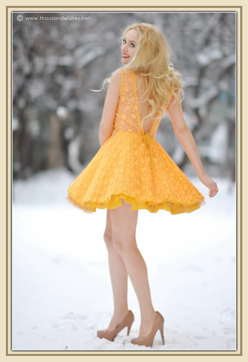 21_yellow_lace_prom_party_dress