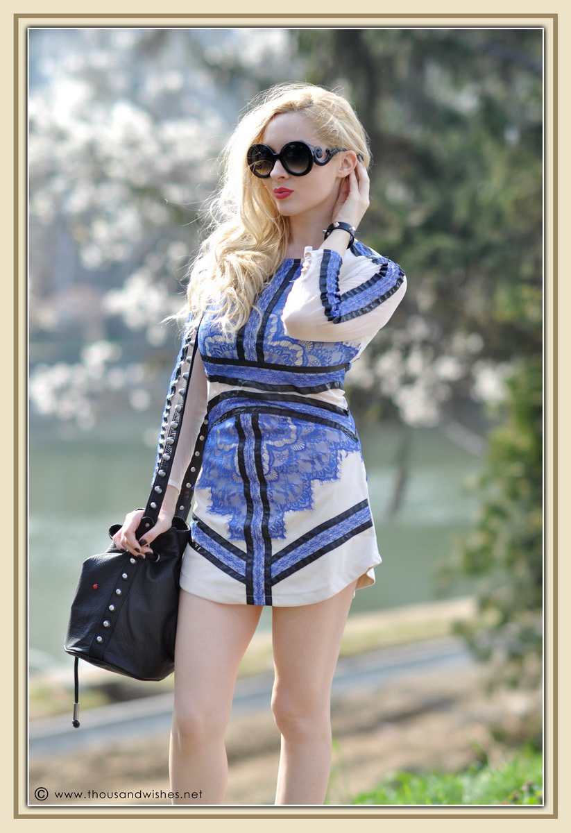 16_blue_dress_sheinside_black_wedge_sneakers_red_lips