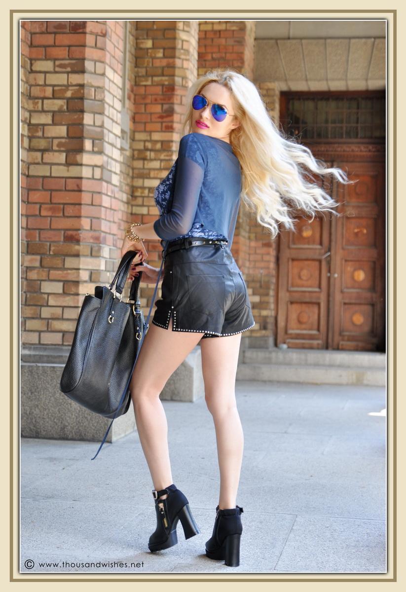 03_leather_black_shorts_blue_glasses_chuncky_boots