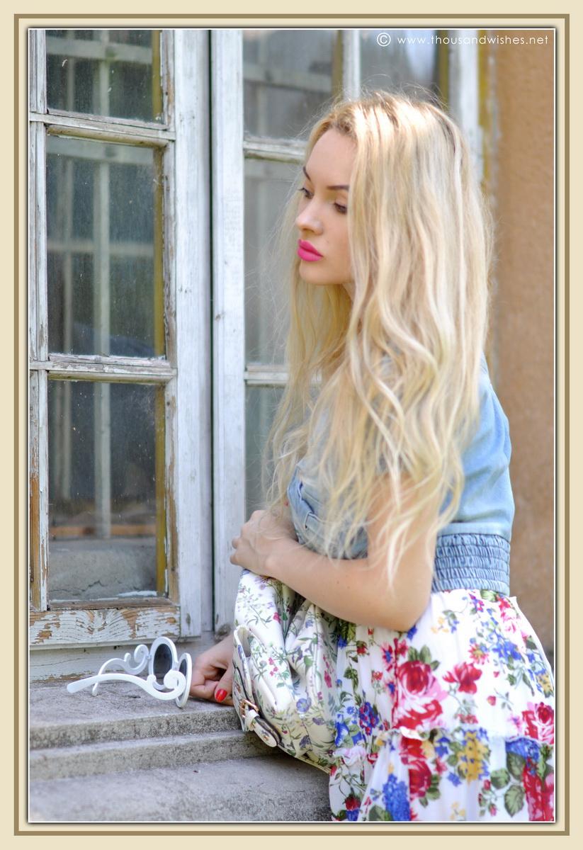 04_floral_patterns_mix_long_dress_jeans_jacket