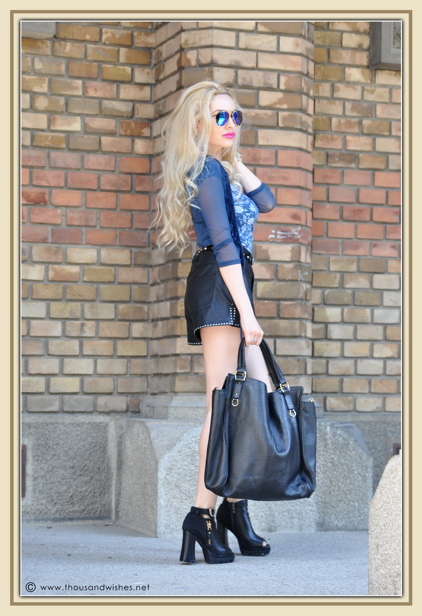 07_leather_black_shorts_blue_glasses_chuncky_boots
