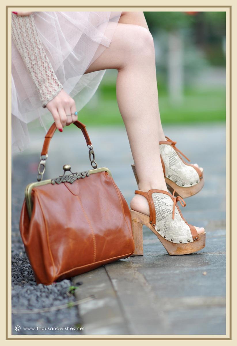07_vintage_look_tulle_dress_purse