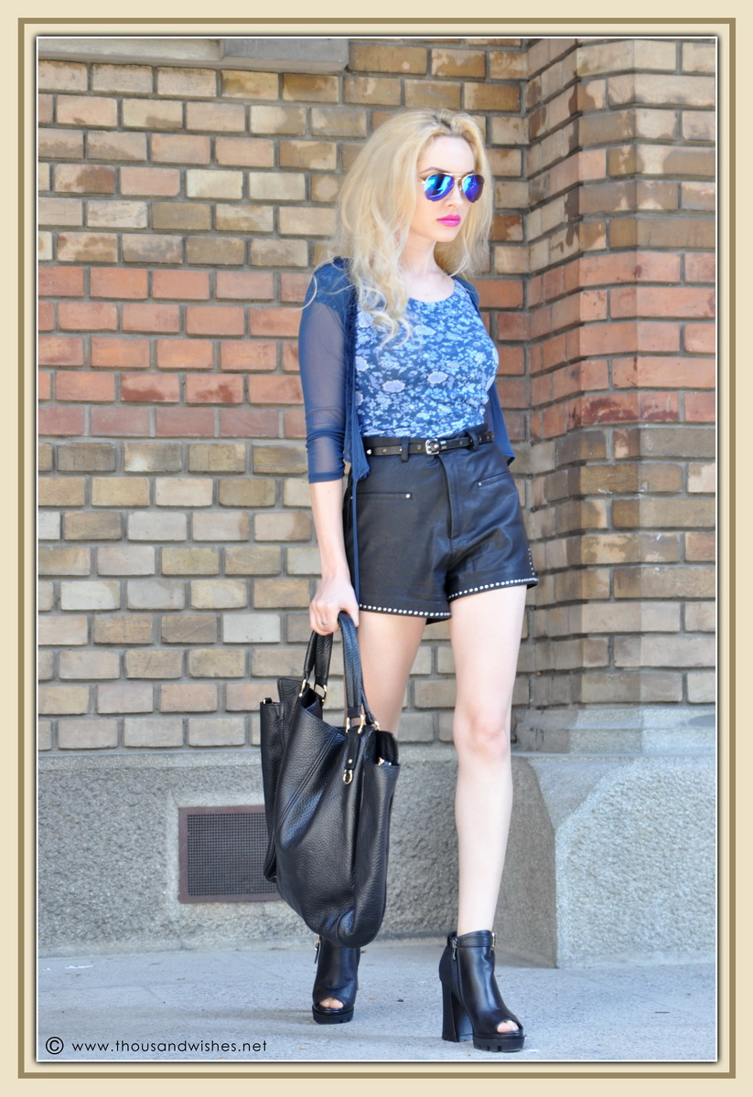 08_leather_black_shorts_blue_glasses_chuncky_boots