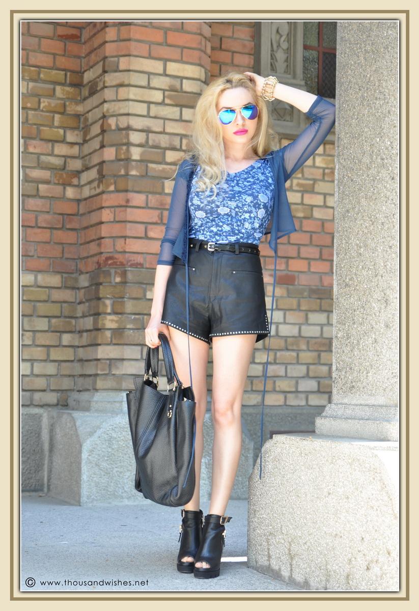 09_leather_black_shorts_blue_glasses_chuncky_boots
