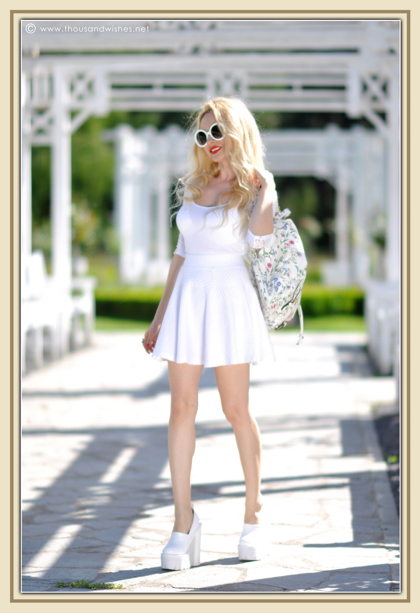 11_all_white_outfit_flower_backpack_chunky_heels