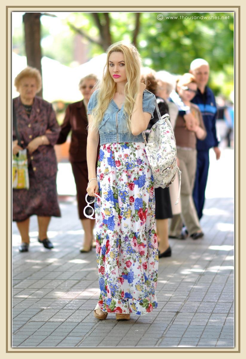 12_floral_patterns_mix_long_dress_jeans_jacket
