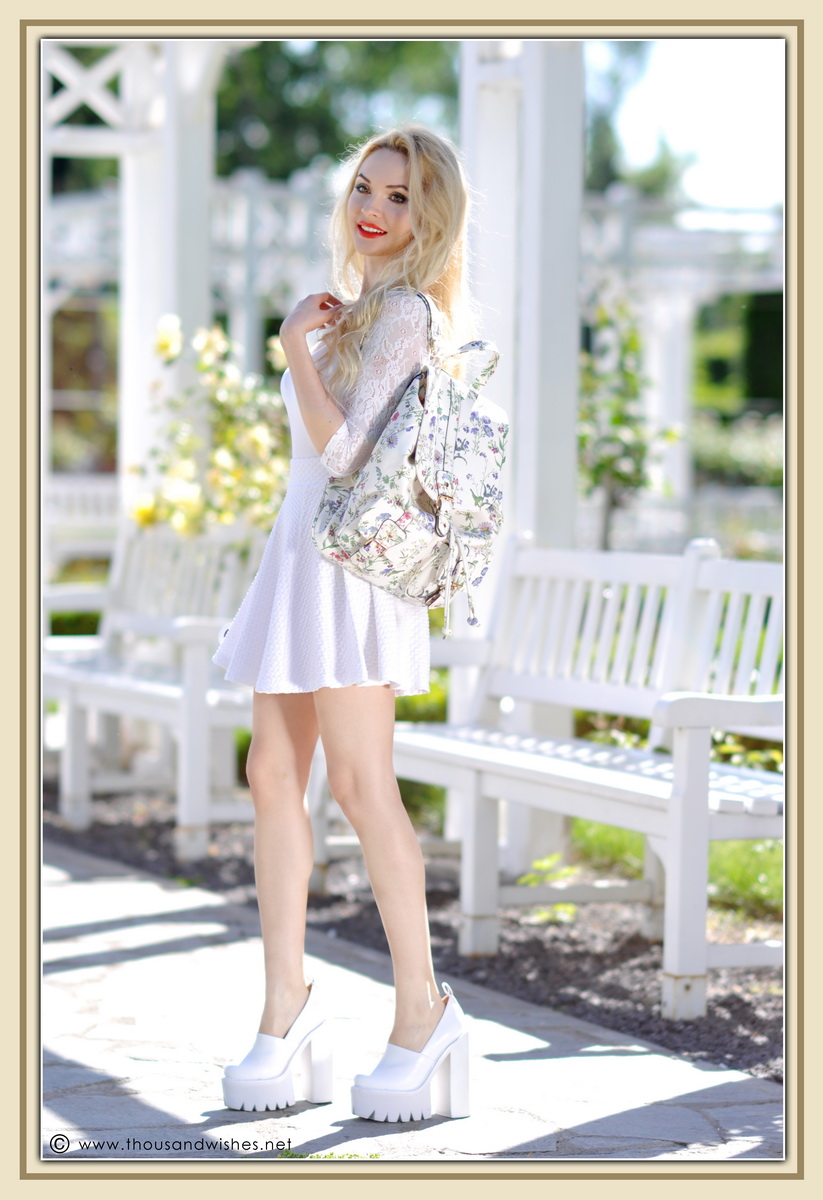 13_all_white_outfit_flower_backpack_chunky_heels