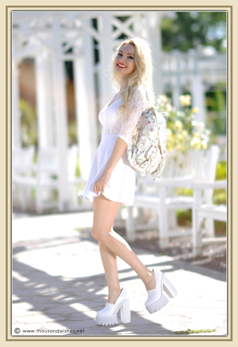 16_all_white_outfit_flower_backpack_chunky_heels