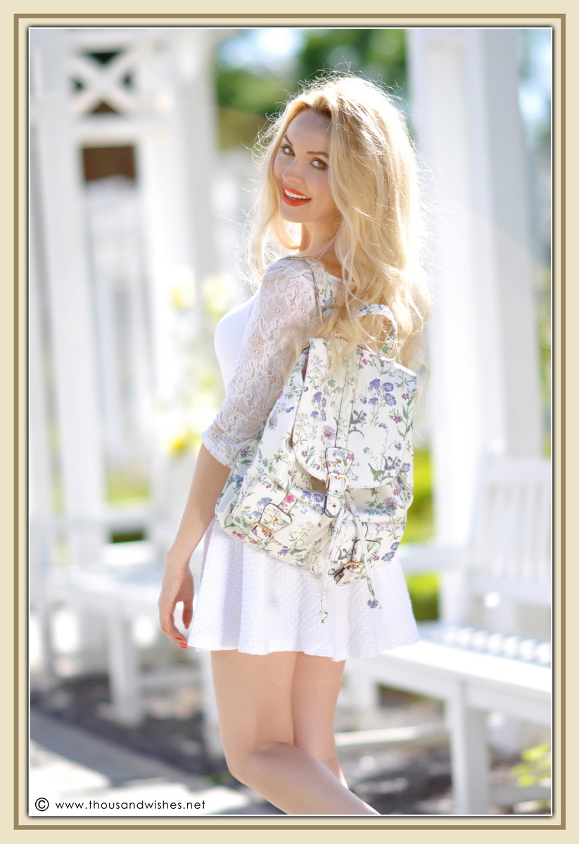 17_all_white_outfit_flower_backpack_chunky_heels