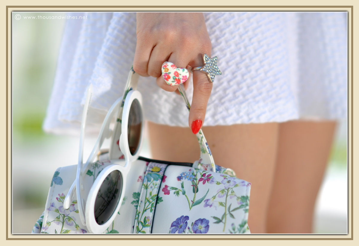 20_all_white_outfit_flower_backpack_chunky_heels