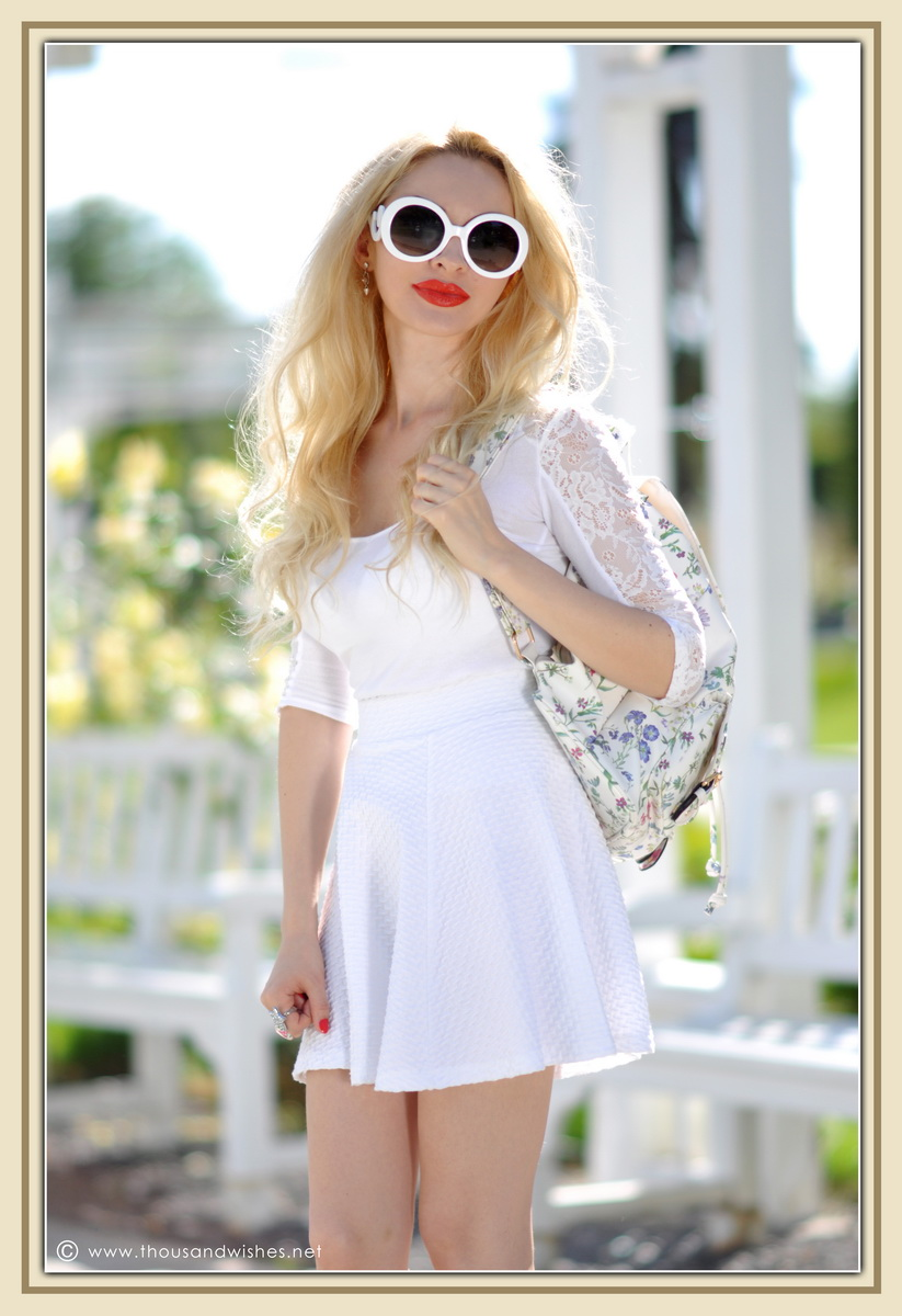 21_all_white_outfit_flower_backpack_chunky_heels