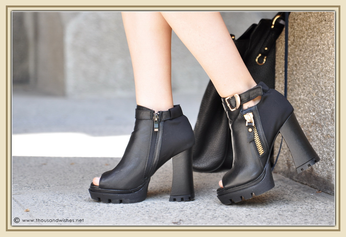 22_leather_black_chuncky_boots