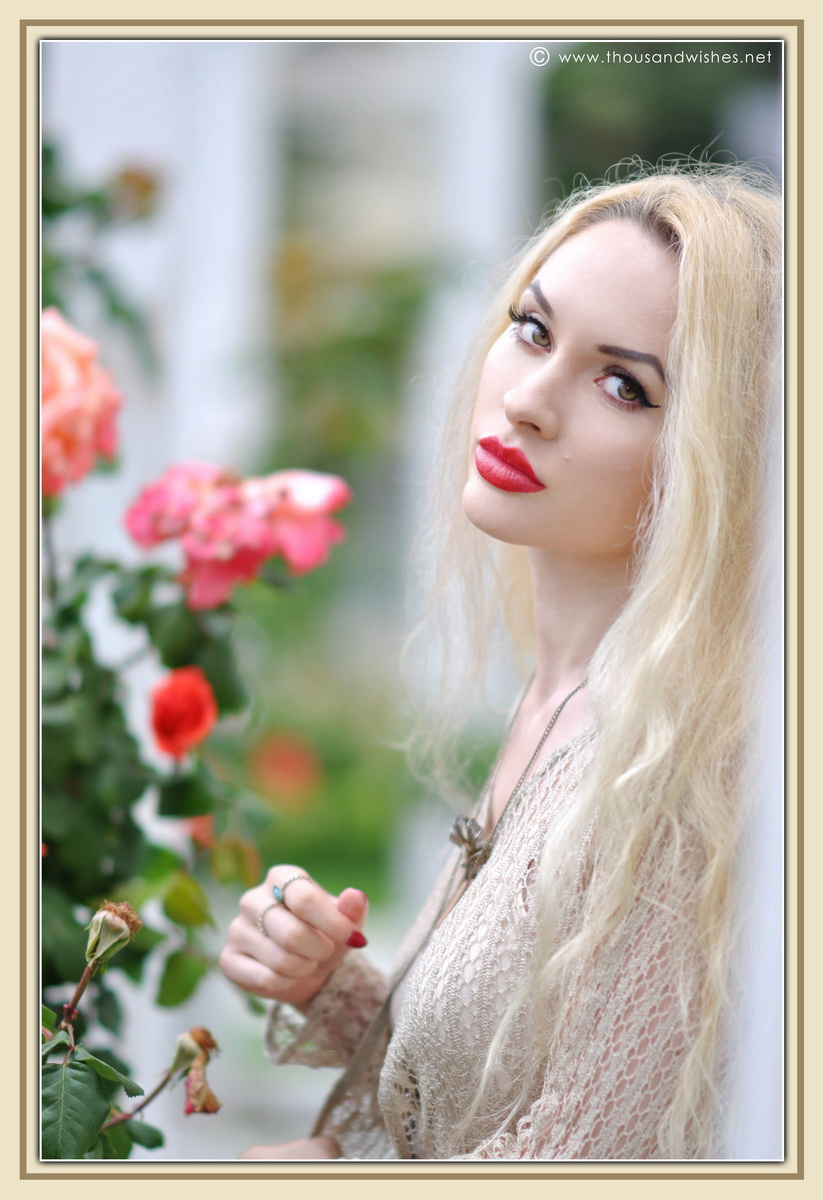23_vintage_look_tulle_dress_filigree_cameo_brooch_red_lips