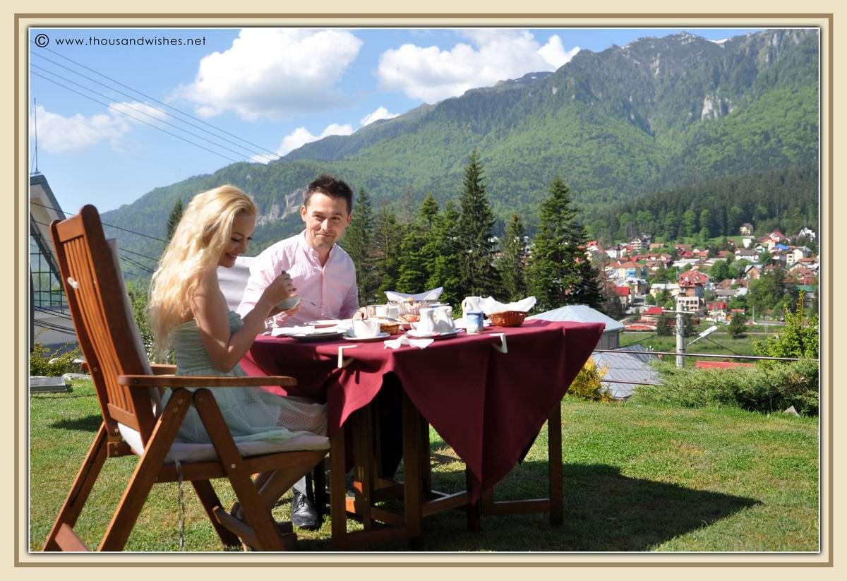05_vila_leonida_busteni_romania_breakfast
