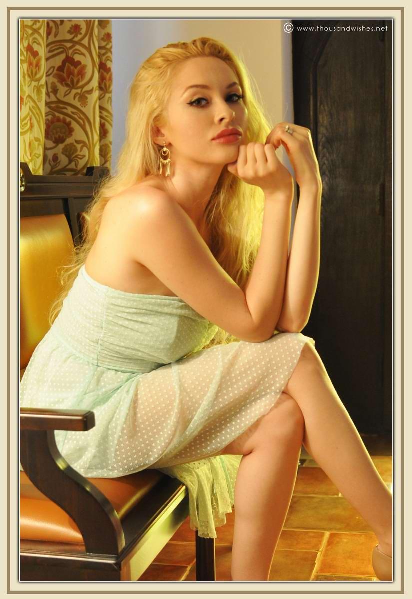 11_mint_dress