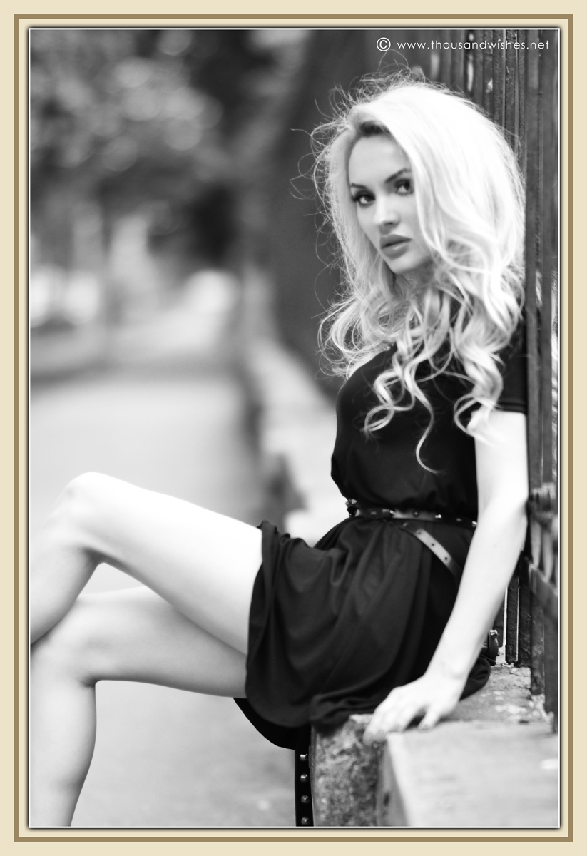 21_black_chunky_heels