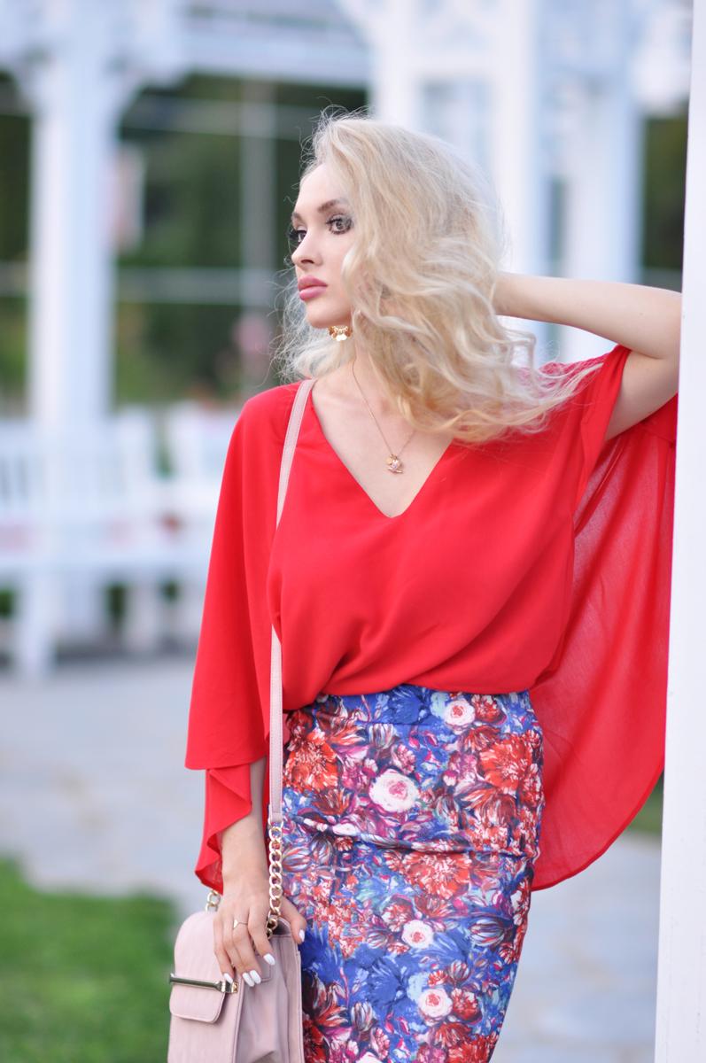 02_coral_zara_shirt_con_floral_skirt_asos