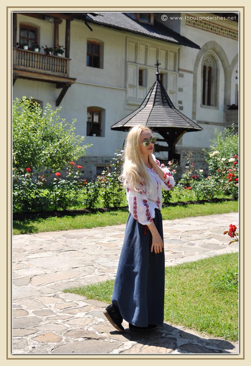 03_bucovina_painted_monasteries_putna