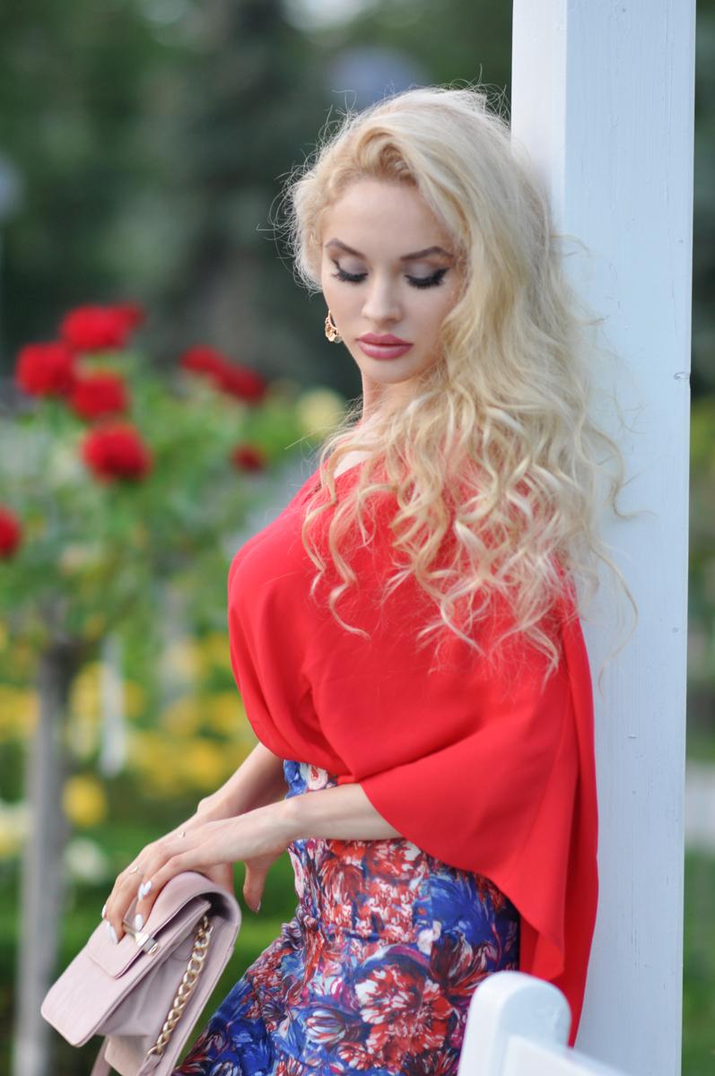 03_coral_zara_shirt_con_floral_skirt_asos