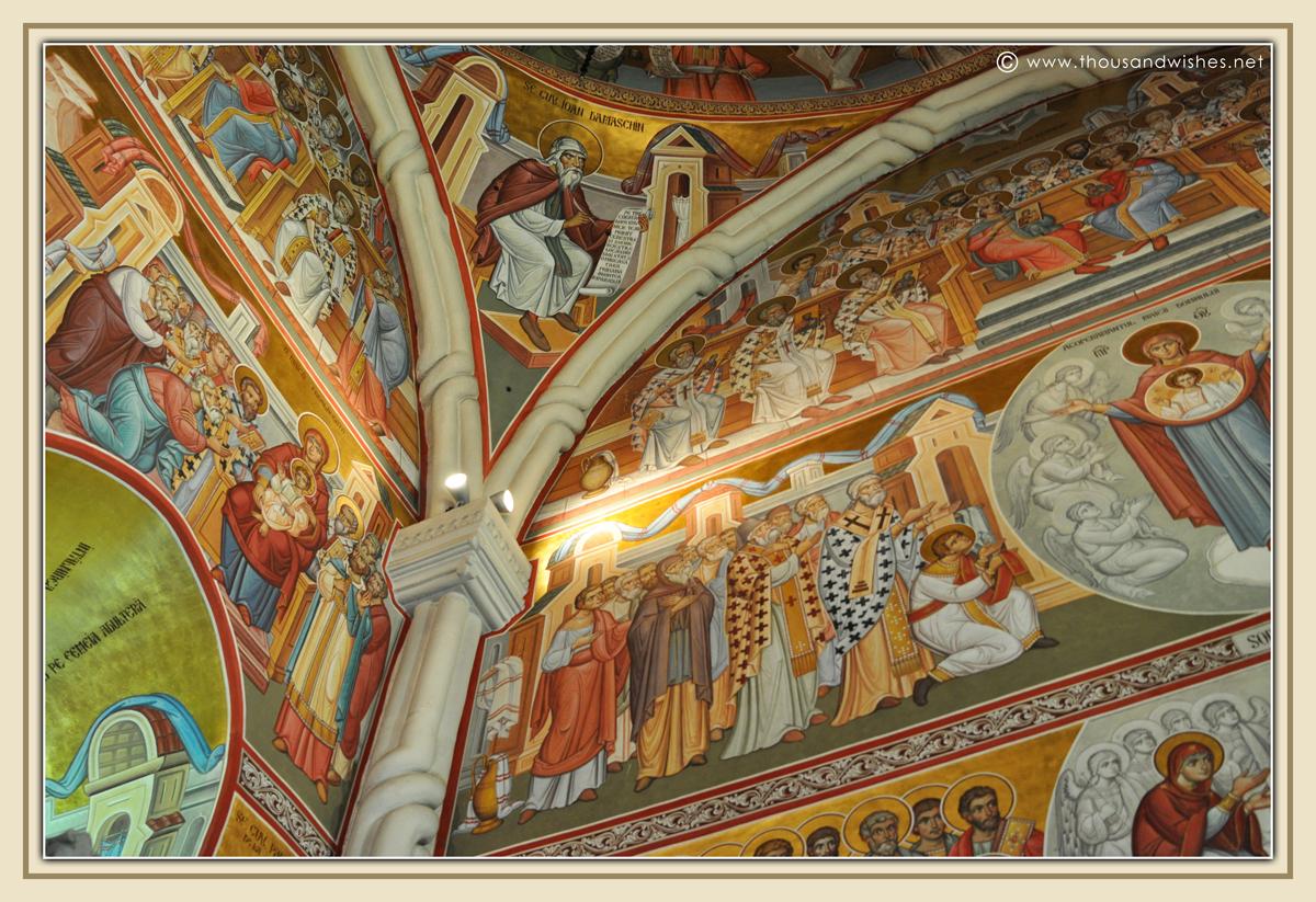 04_bucovina_painted_monasteries_putna