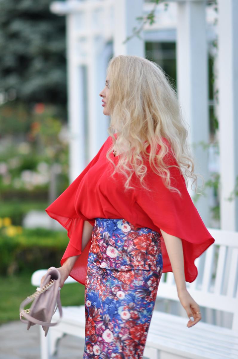 05_coral_zara_shirt_con_floral_skirt_asos