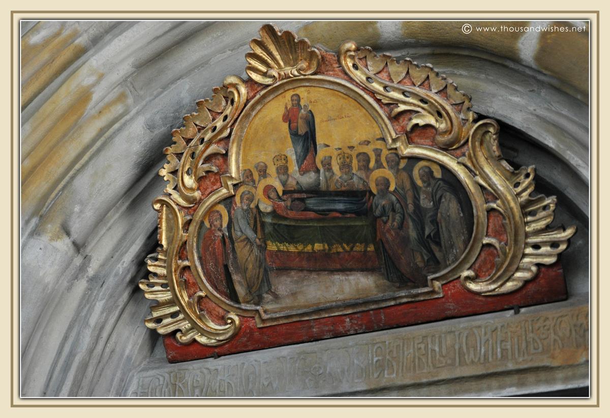 06_bucovina_painted_monasteries_putna
