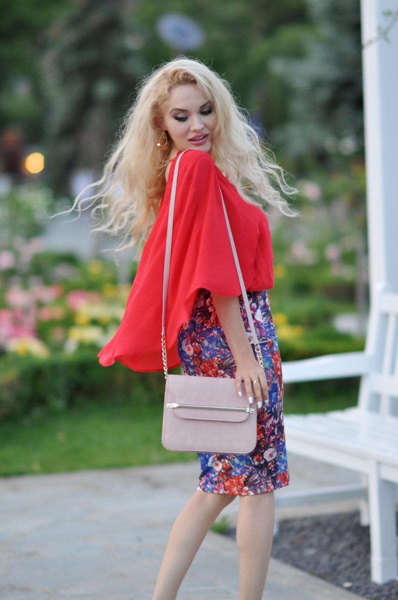 08_coral_zara_shirt_con_floral_skirt_asos