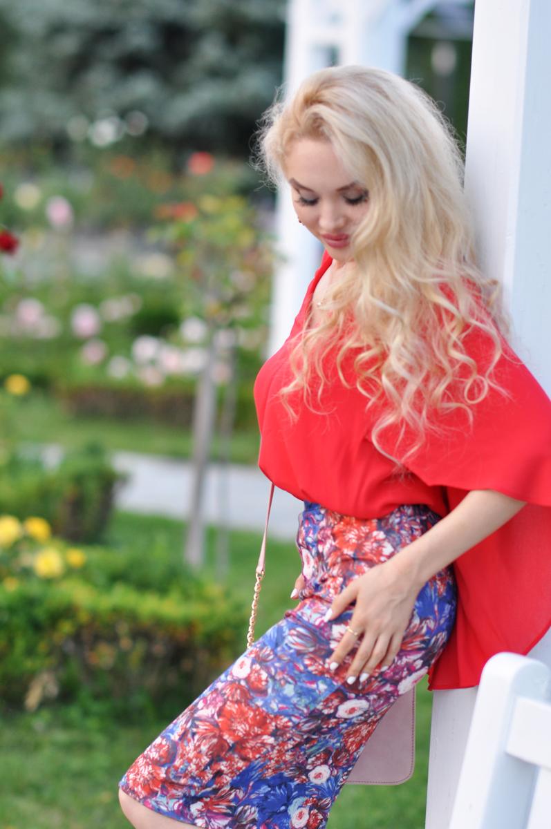 11_coral_zara_shirt_con_floral_skirt_asos