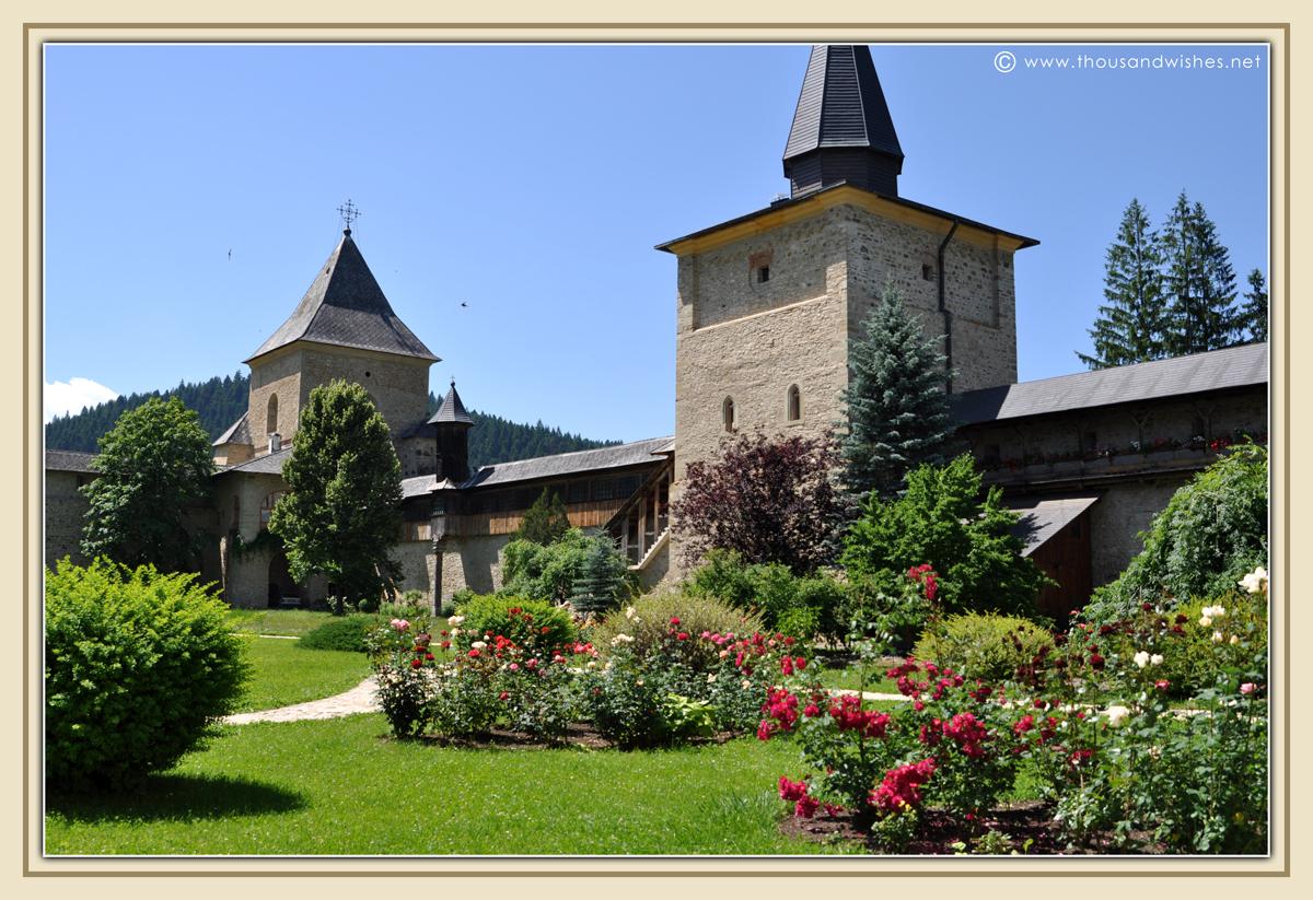 13_bucovina_painted_monasteries_sucevita