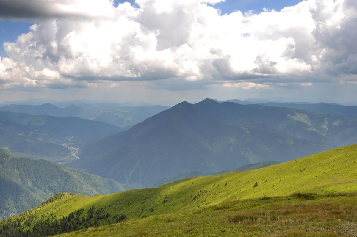 24_giumalau_mountains_bucovina_romania