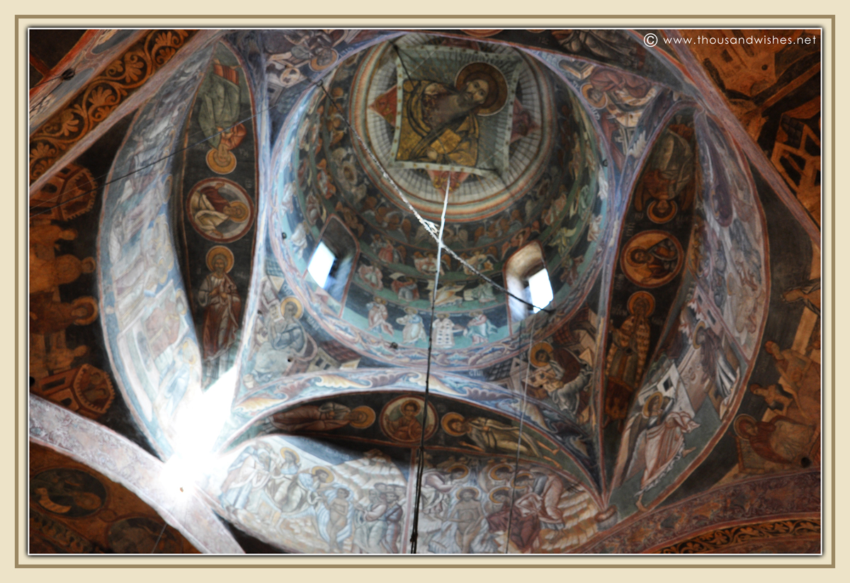 32_bucovina_painted_monasteries_voronet
