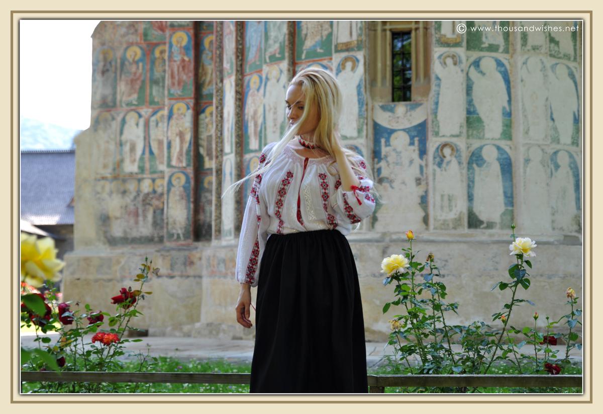 36_bucovina_painted_monasteries_voronet