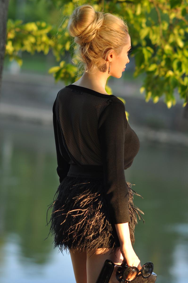 06_zara_black_feather_skirt