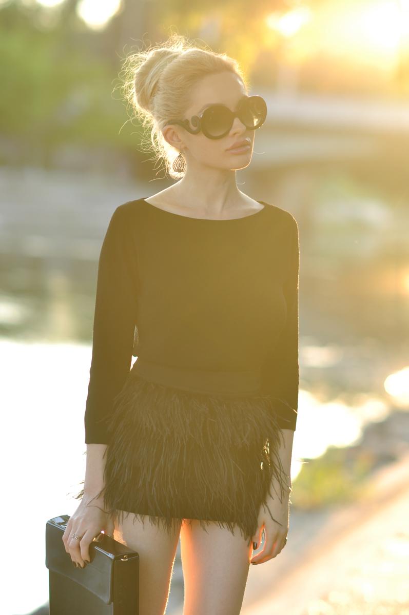 07_zara_black_feather_skirt
