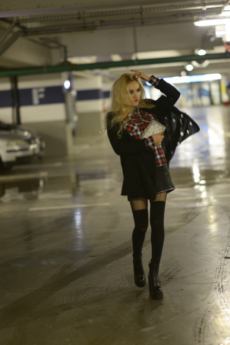 04_tartan_shirt_leather_shorts
