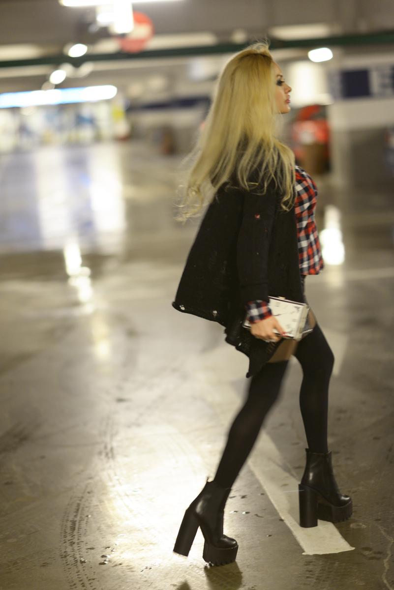 05_tartan_shirt_leather_shorts