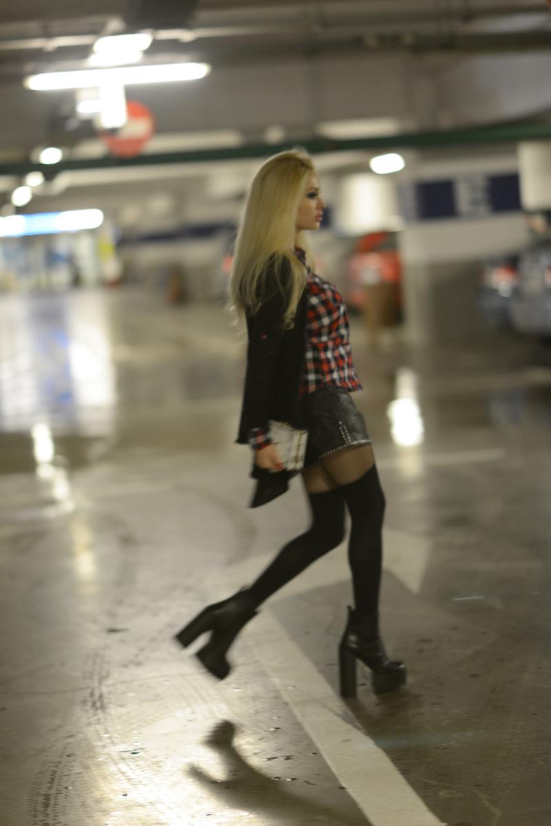 07_tartan_shirt_leather_shorts