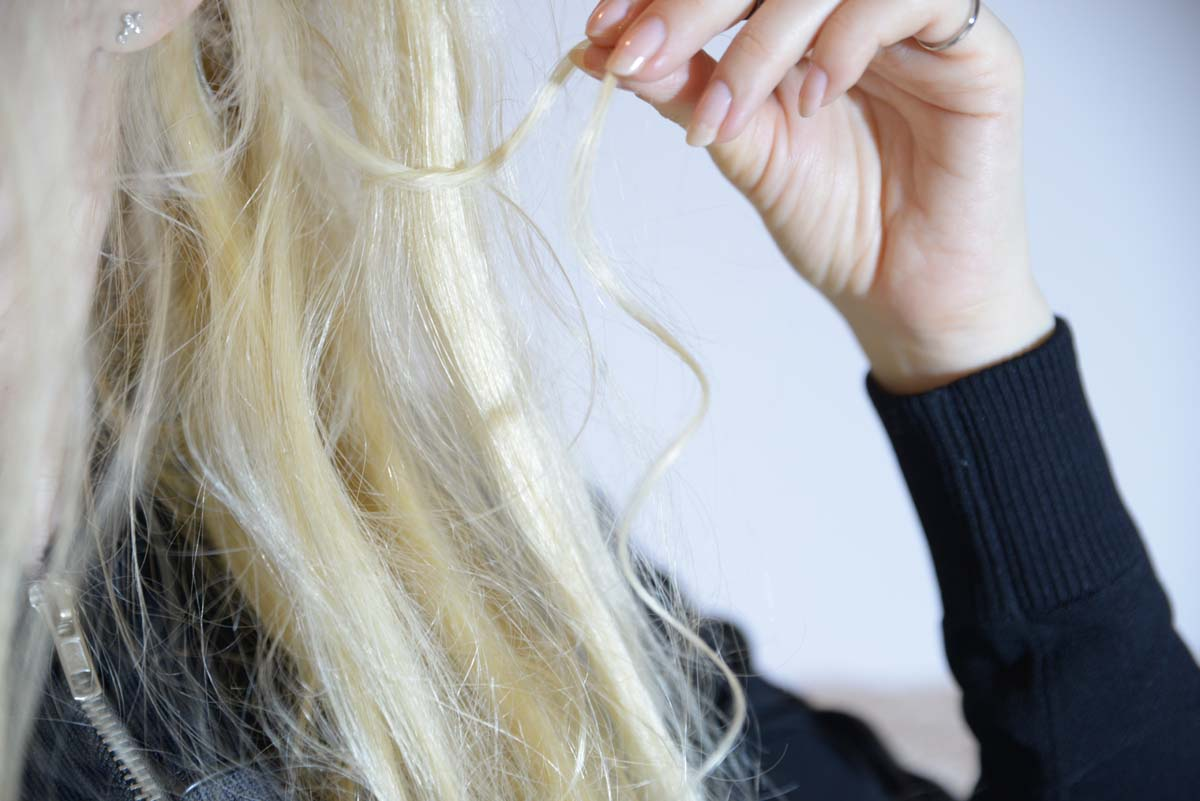 27_messy_princess_hairstyle_stone_headband