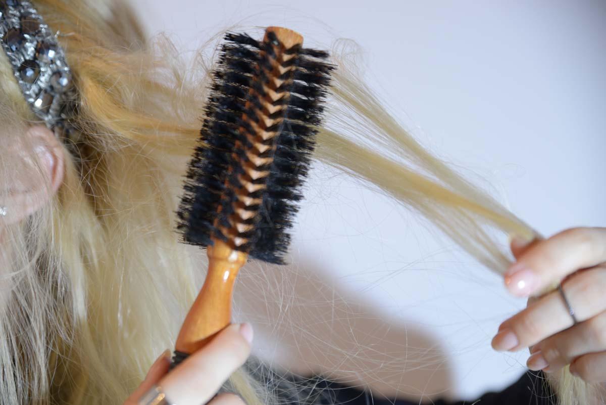 28_messy_princess_hairstyle_stone_headband