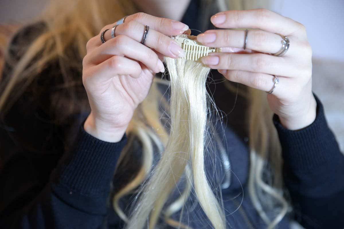 32_messy_princess_hairstyle_stone_headband