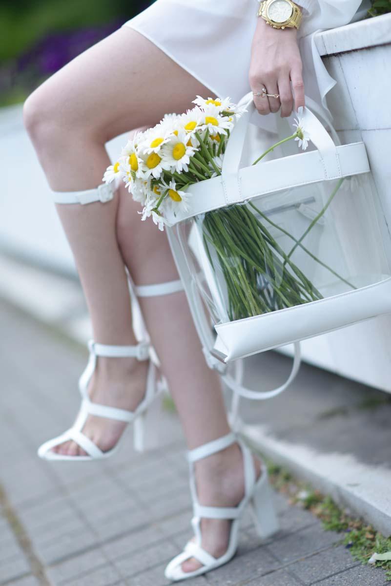 10_daisy_michael_kors_white_jessica_buurman
