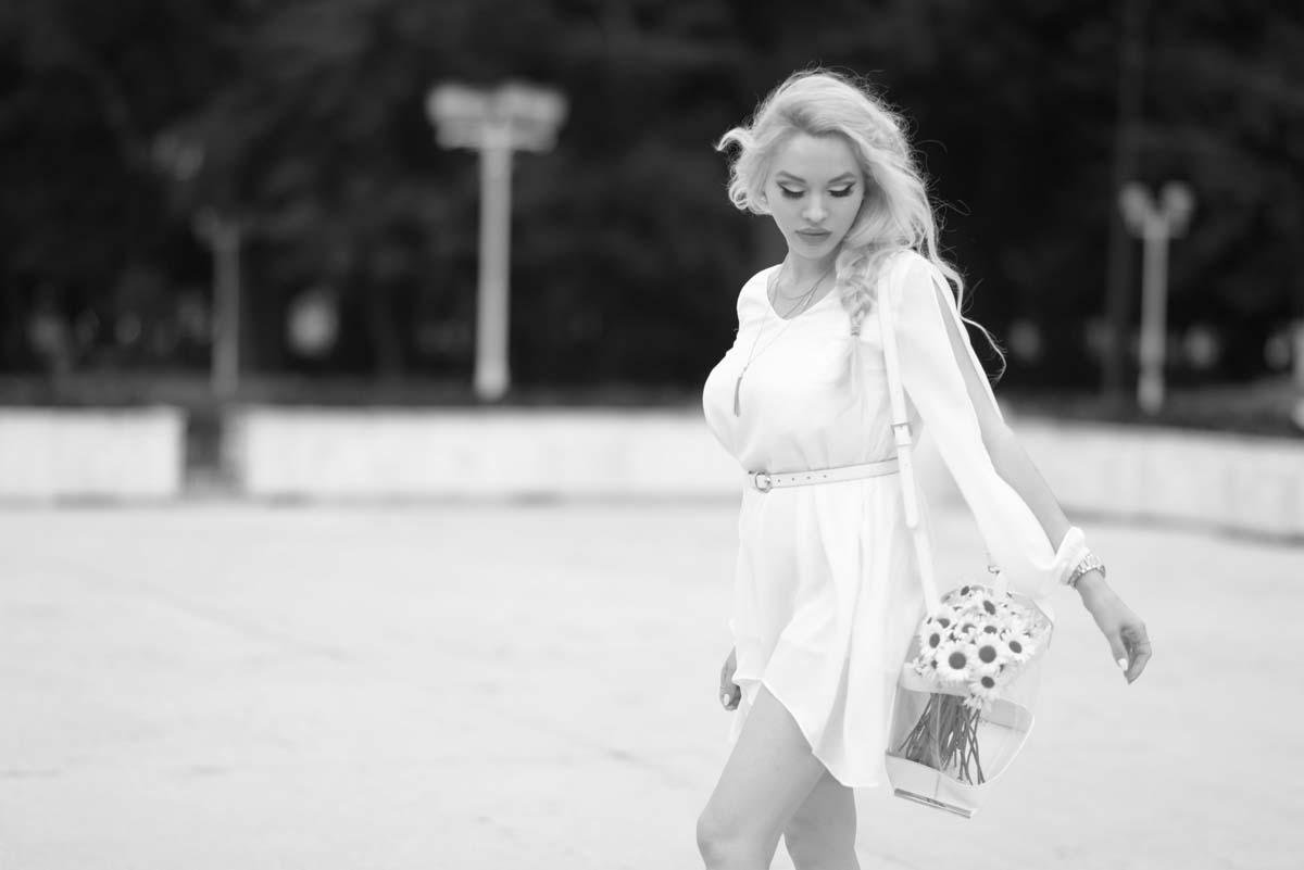 16_daisy_michael_kors_white_jessica_buurman