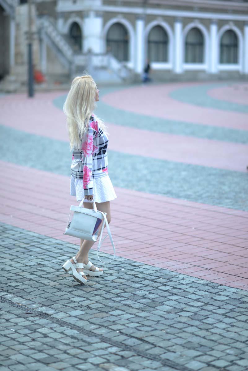 06_pink_shirt_white_skirt_zara