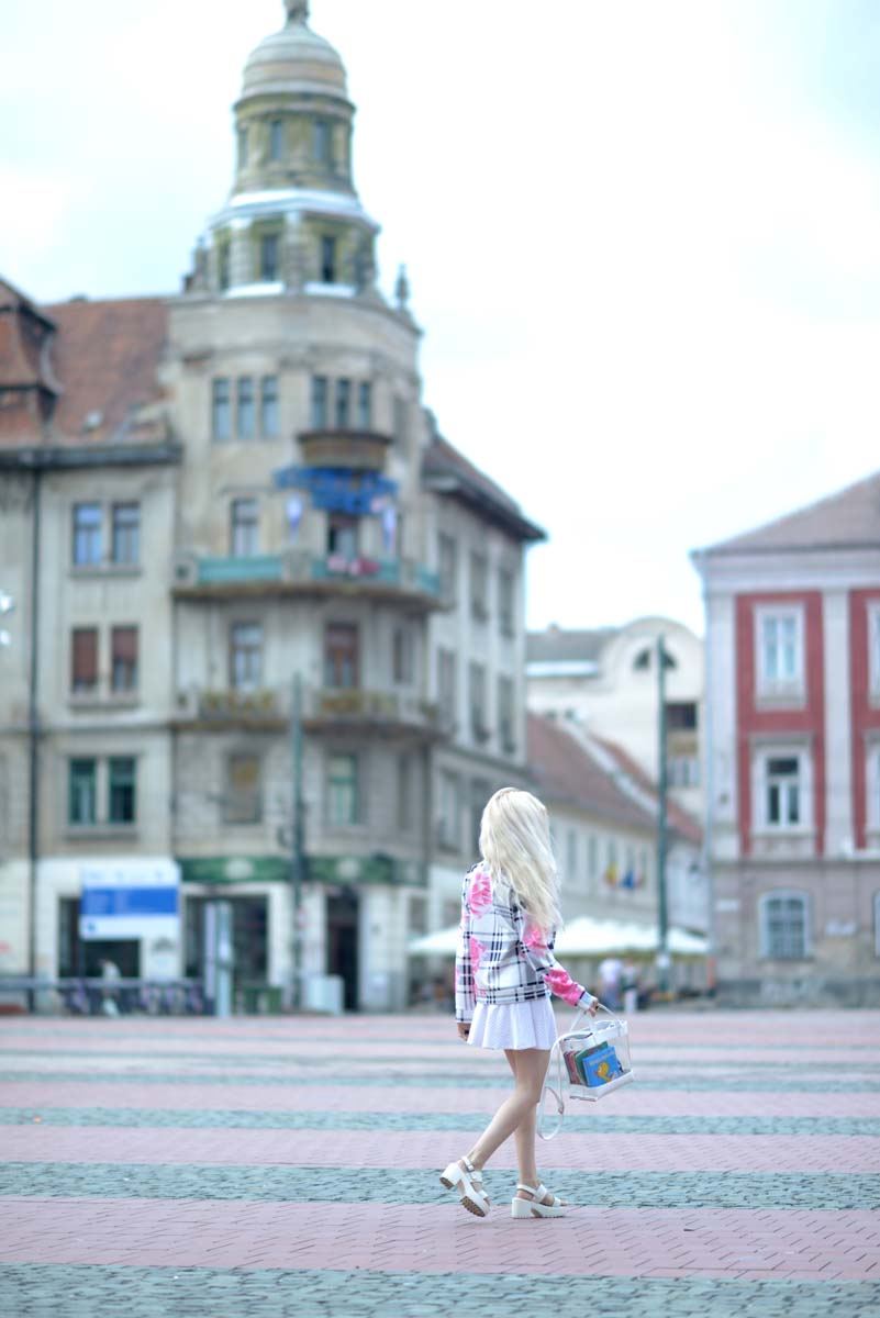 08_pink_shirt_white_skirt_zara