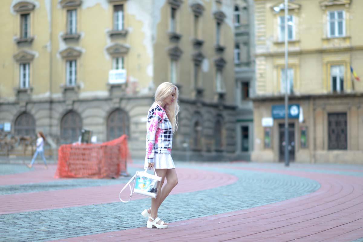 10_pink_shirt_white_skirt_zara