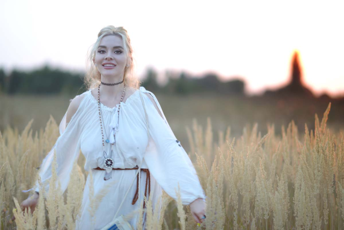 10_white_dress_milk_bag_romwe