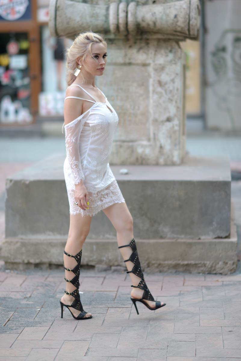 28_white_lace_dress_black_gladiators