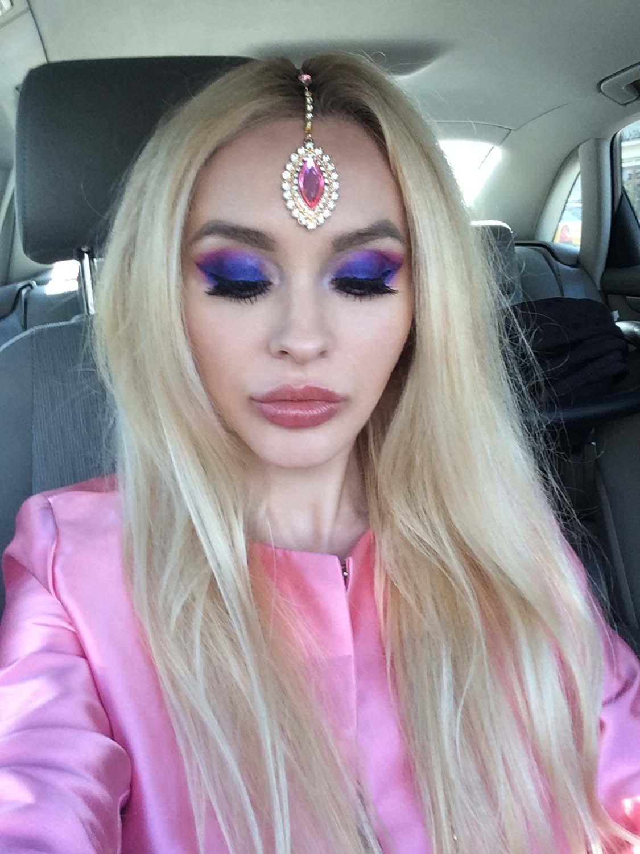 01_pink_headpiece_jewellery
