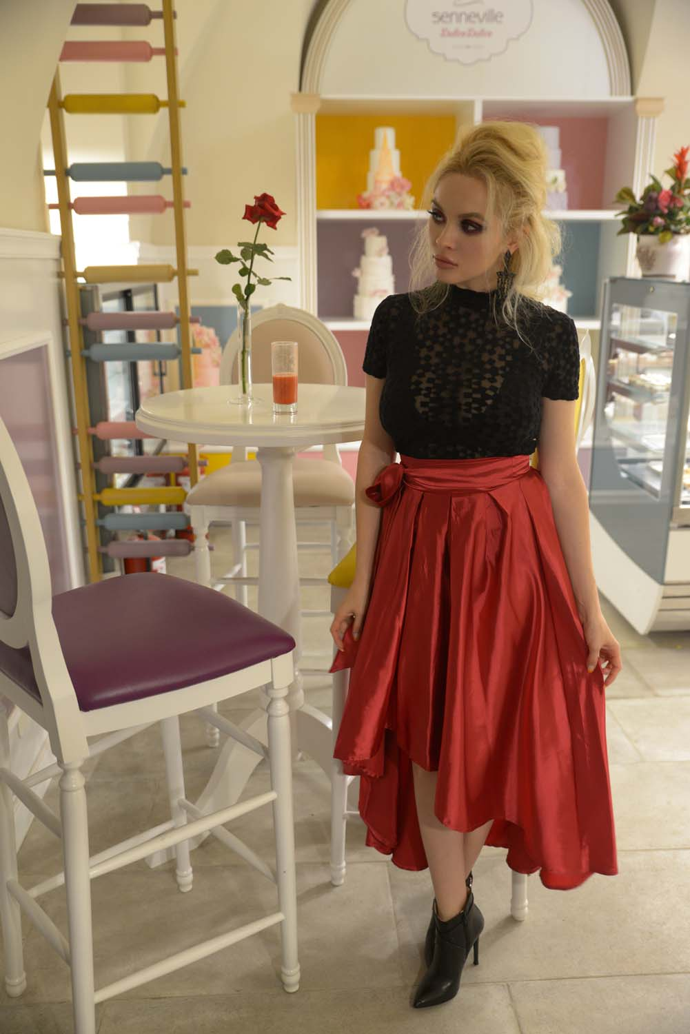 26_pastry_fucsia_skirt_black_cape