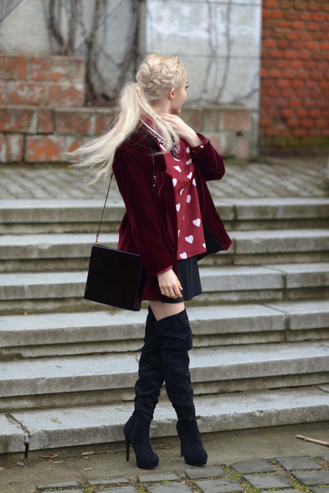 07_hearts_shirt_burgundy_blazer